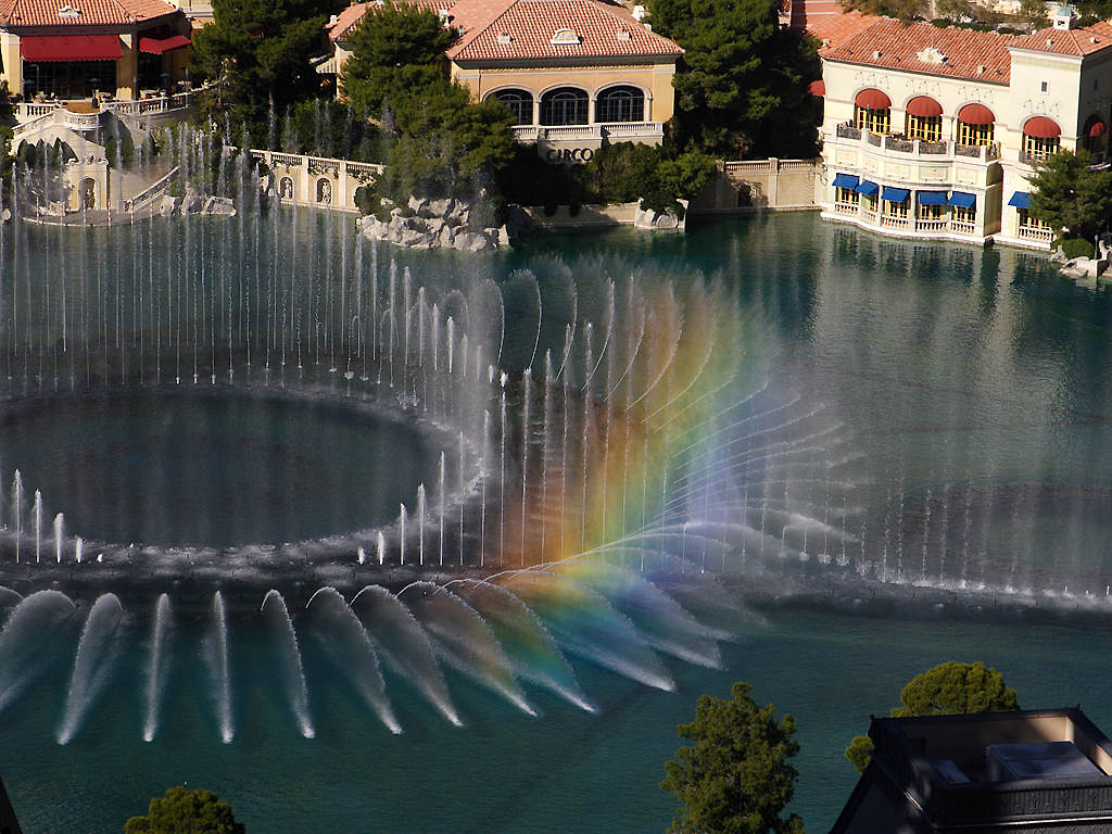 Bellagio_Fountains_2005