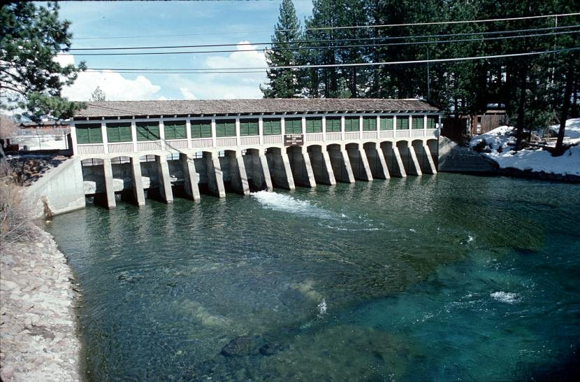 lake_tahoe_dam