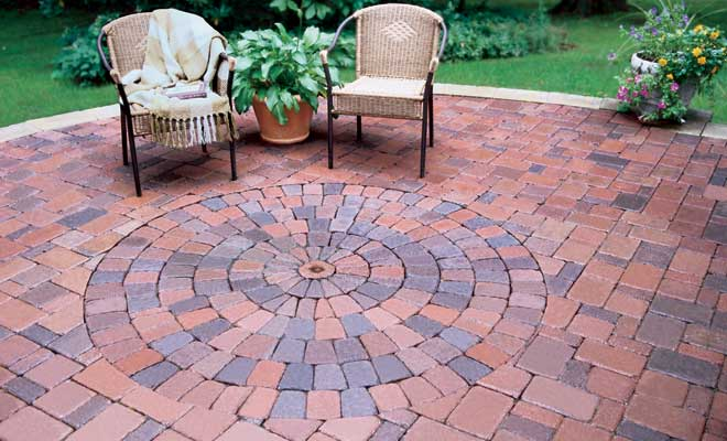 Circular Brick Patio Area I Like How She Altered The Circles Of